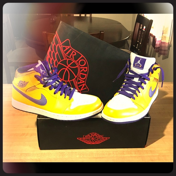 41517c7e3230 Jordan Other - Authentic Retro Jordan 1 L.A. Lakers Edition